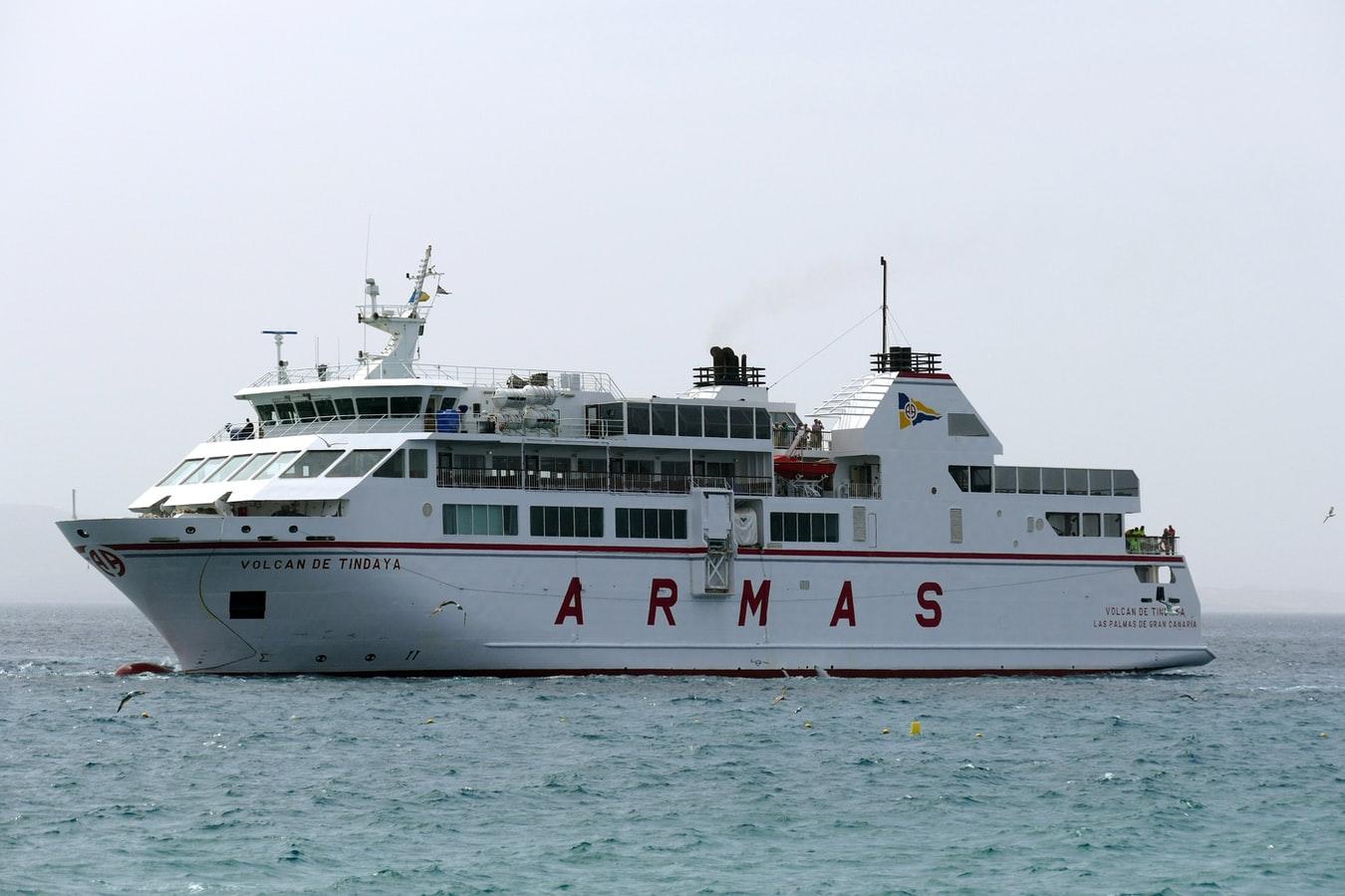 Armas Ferry Lanzarote to Fuerteventura